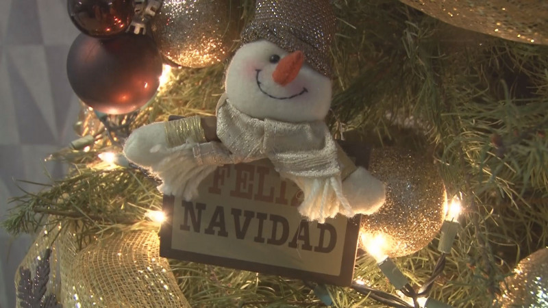 Bomberos hace un llamado a revisar las instalaciones eléctricas antes de colocar adornos navideños