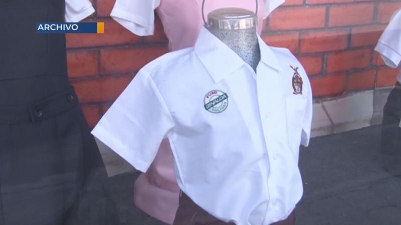 Con una entrega del 78% de uniformes, calzado y útiles cerro el programa escolar
