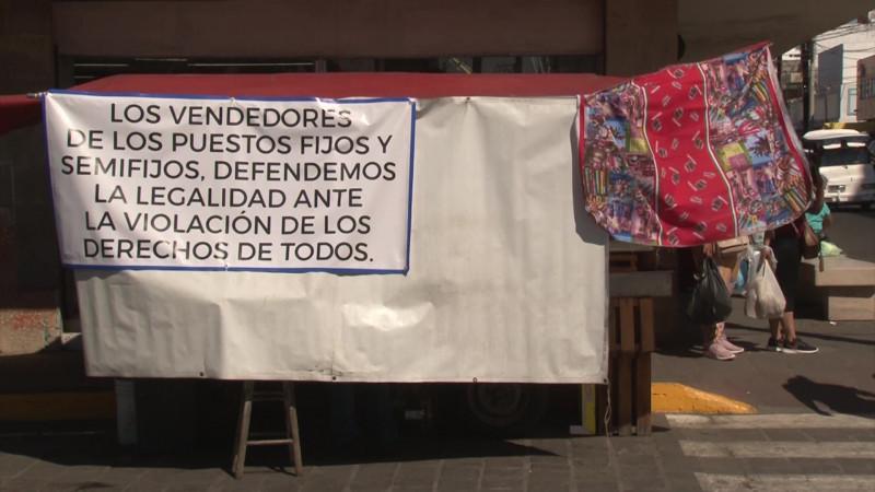Con amparo 12 puestos semifijos del Pino Suárez