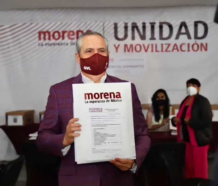 Vargas se registra en MORENA, busca la candidatura a Gobernador