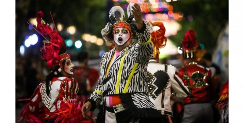Cancelan el carnaval de Montevideo, el más largo del mundo