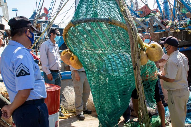 Conapesca capacita a elementos de la SEMAR sobre el manejo de Dispositivos Excluidores de Tortugas Marinas