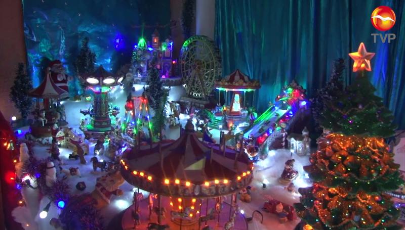 Gran decoración navideña de la familia Lizárraga Lem