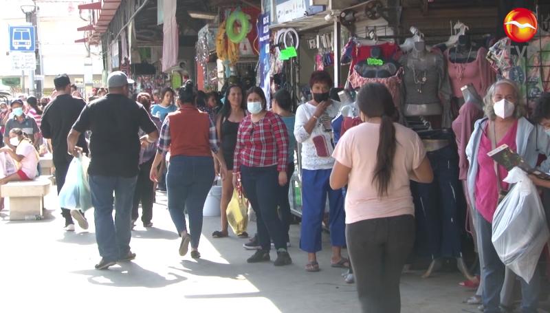 Compras de último momento en el Centro de Mazatlán