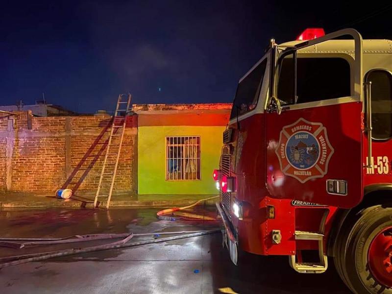 Se incendia casa en la Colonia Venustiano Carranza