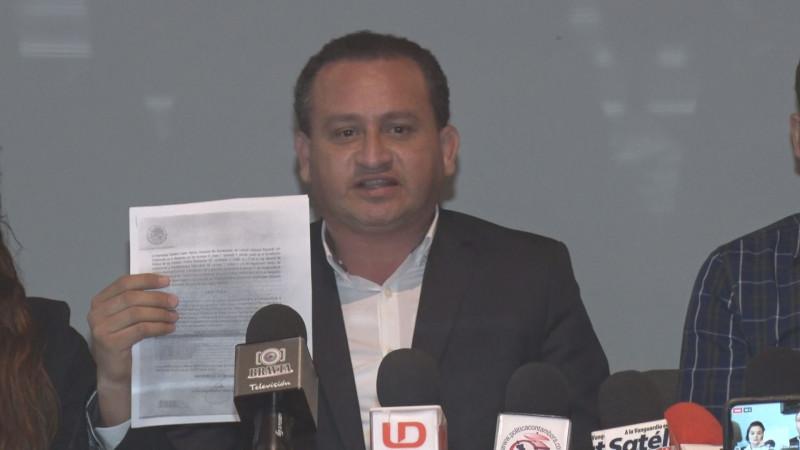 A mi no me manda el gobernador: Alejo Velnzuela