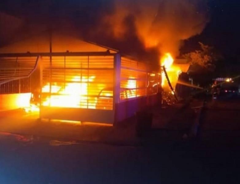 Incendio en Topolobampo; tres mujeres murieron