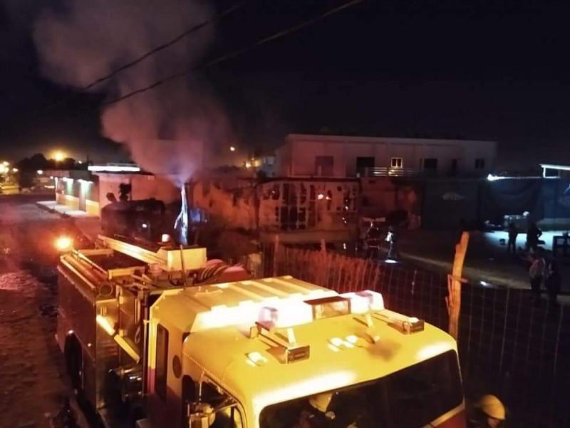 Pirotecnia provocó incendio en trailer en Mazatlán