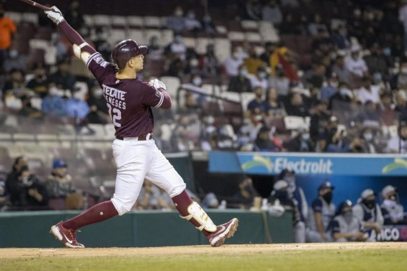 Tomateros derrota 6-1 a Algodoneros y toma ventaja en la serie