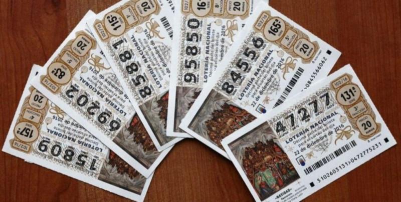 Laura devolvió 200 euros que se encontró en la calle y luego se ganó 75 mil en la lotería