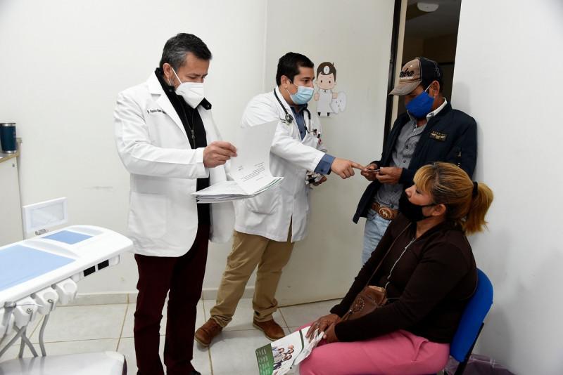 Lleva Salud Ahome Brigada al centro comunitario Siglo 21