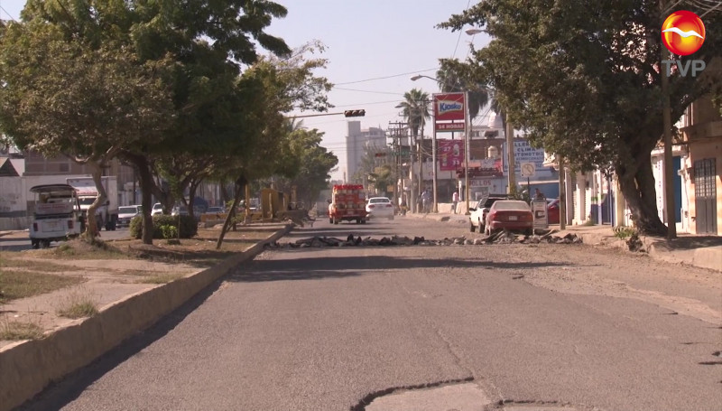 Cierran otra vez la Avenida Gabriel Leyva en Mazatlán