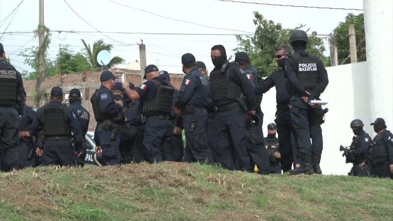Capacitarán a policías mazatlecos en derechos humanos