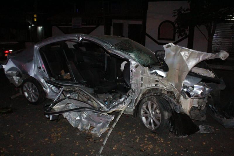 Accidente deja dos lesionados