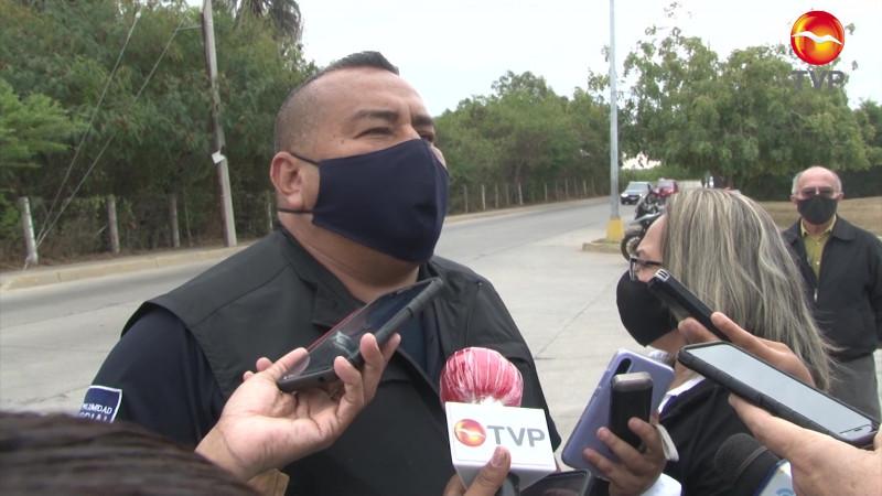Evalúan a policías de Mazatlán y surge incidente en campo de tiros