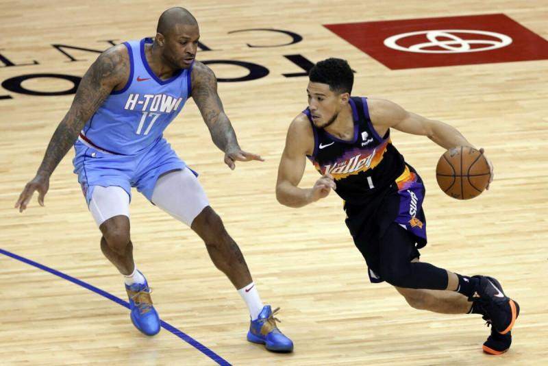 Los Suns le pegan a los Raptors