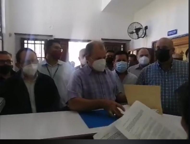 Renuncian militantes al PAN, encabezados por Alejandro Higuera