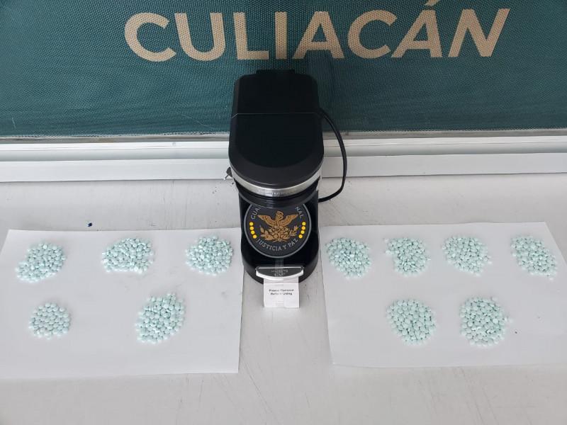 Aseguran fentanilo en el aeropuerto de Culiacán