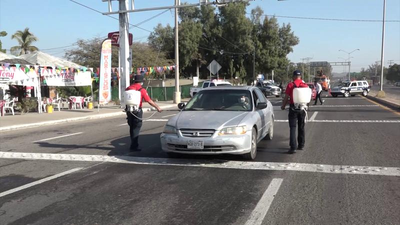 Instalan filtros sanitizantes en accesos carreteros de Mazatlán