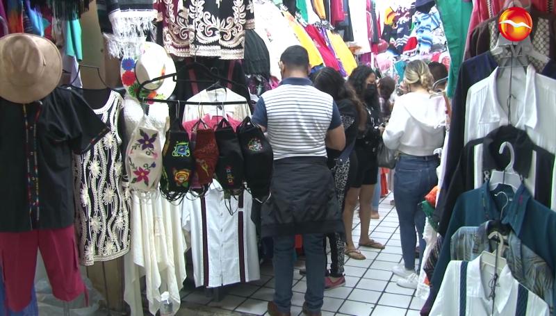 Vendedores de artesanías esperan repunte de ventas esta semana