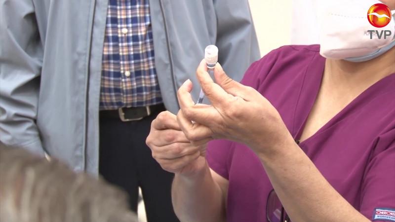 A paso lento, la compra de vacunas para Sinaloa