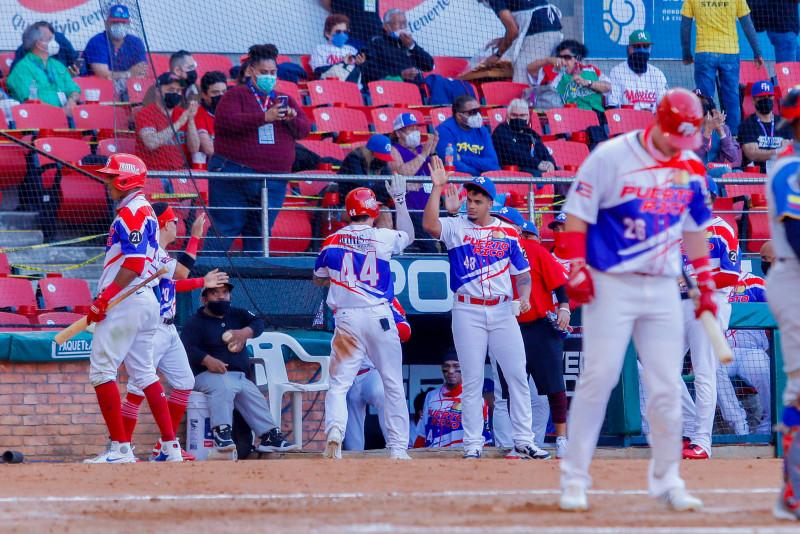 Criollos de Puerto Rico consigue su tercera victoria de la Serie del Caribe venciendo a Puerto Rico