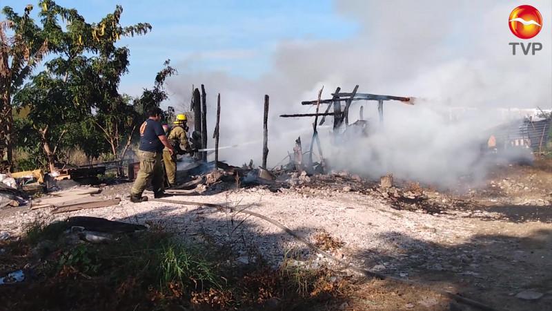 Se incendia vivienda a un costado de fábrica de tostadas