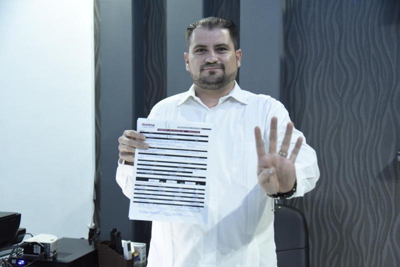 Se registra Juan Fierro por Morena para contender por la alcaldía de Ahome