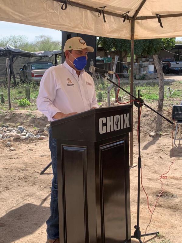 Alcalde de Choix, Omar Gill busca la reelección; ya se registro por Morena