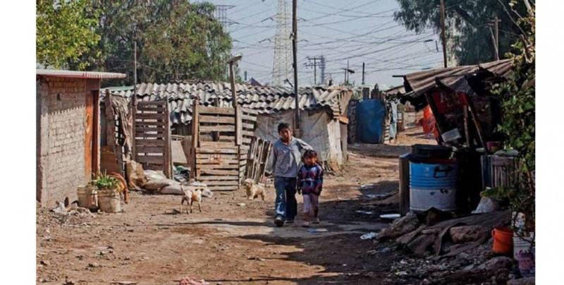 Ahora el 56.7% de la población mexicana es pobre y 9.8 millones son nuevos por la pandemia: Coneval