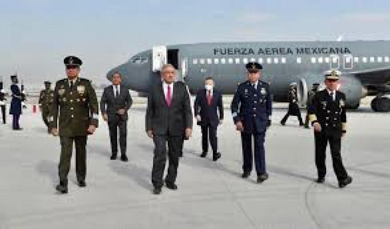 AMLO estrena pista del aeropuerto Felipe Ángeles