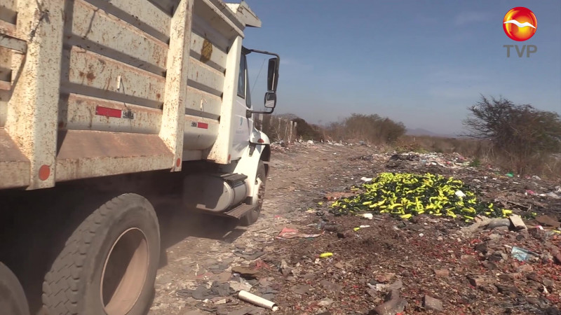Levantan 400 toneladas de basura en tiradero clandestino de Villa Unión