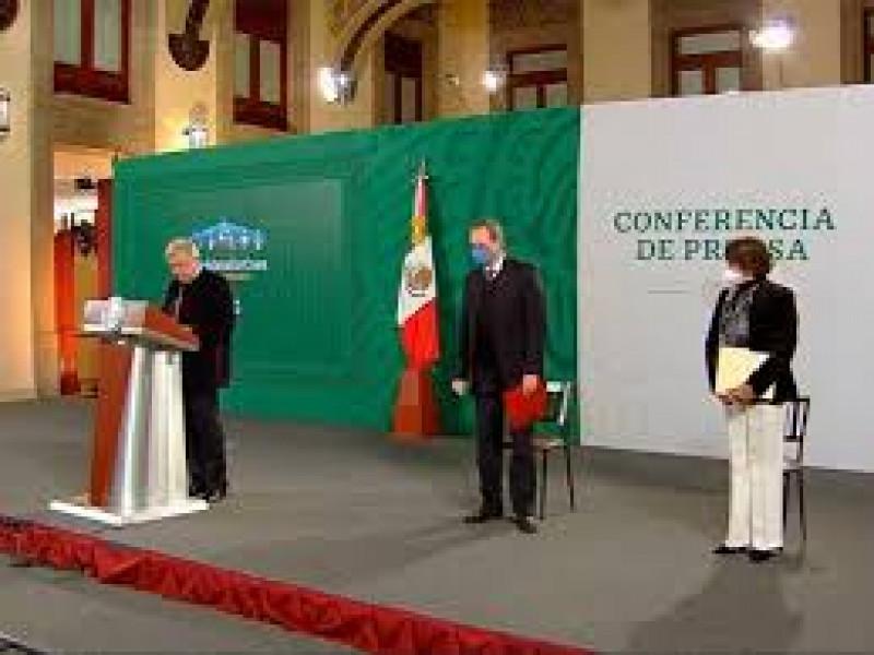 Formalizan salida de Esteban Moctezuma de la SEP y llega Delfina Gómez