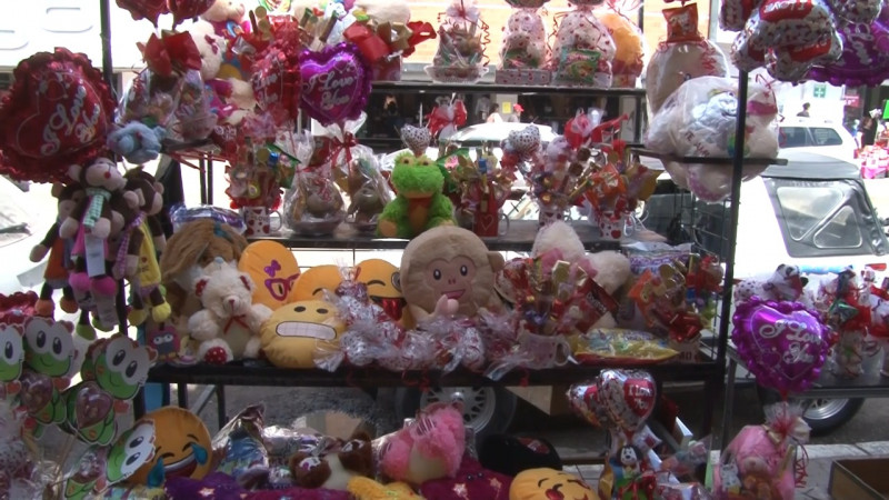 Bajas ventas deja 14 de febrero a comerciantes