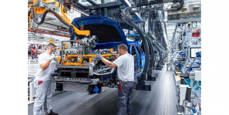 Actividad económica de México cae 4.4% en enero, según cifras preliminares del Inegi