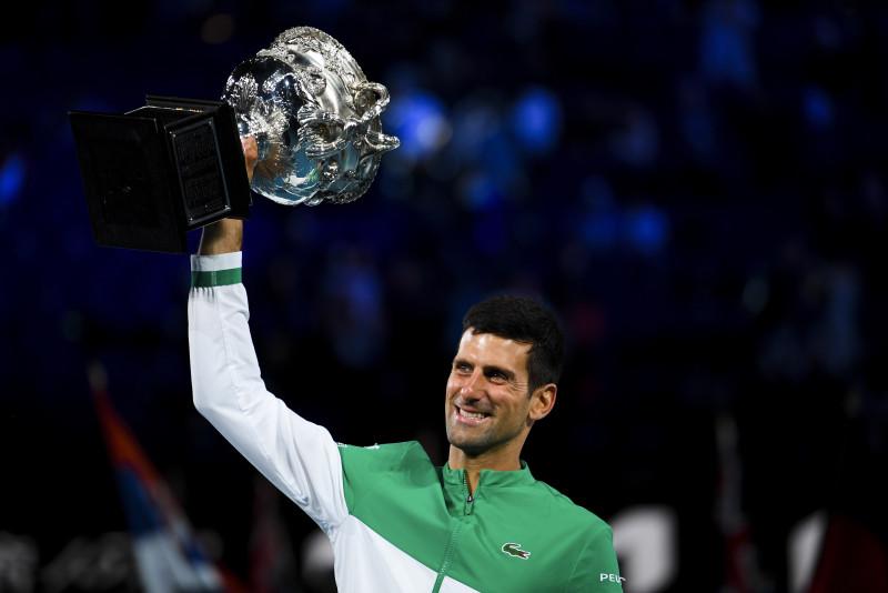 Novak Djokovic se corona campeón del Abierto de Australia