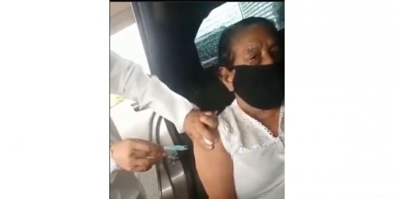 """Por error"" enfermeras usaban jeringas vacías para vacunar a ancianos contra Covid-19"