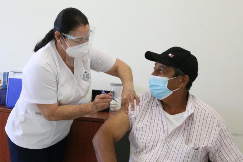 DIF Sinaloa apoyará con 83 personas a las jornadas de vacunación contra COvid