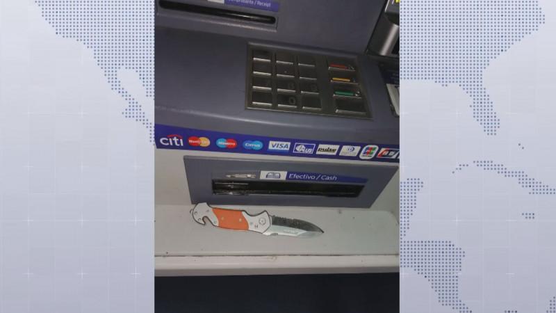 Ante alguna anomalía en el cajero automático, repórtela al banco inmediatamente