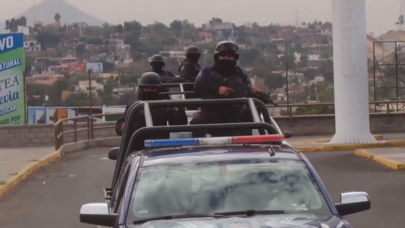 Acuerdan pago de adeudos a policías estatales