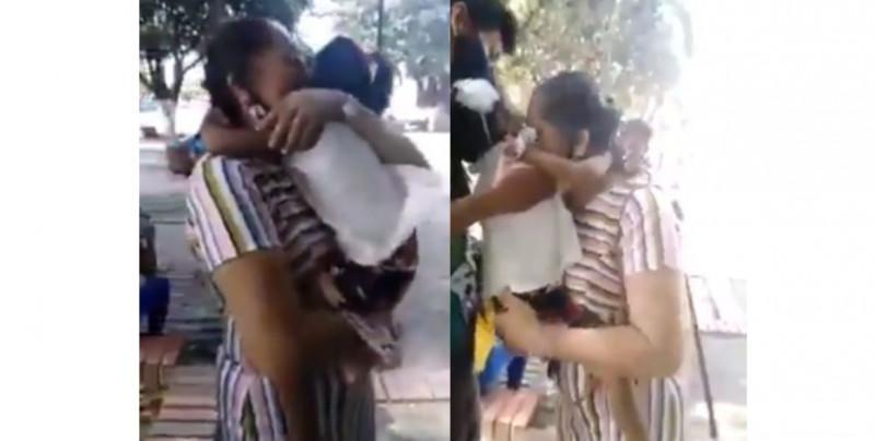 Niña es quitada de sus padres adoptivos y la devuelven a los padres biológicos que le abandonaron al nacer (video)