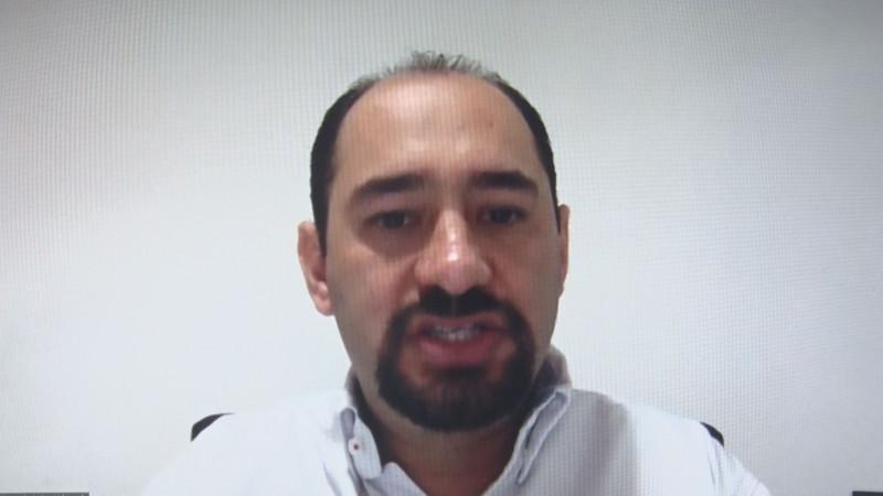 Que no regrese Estrada Ferreiro : Carlos Castaños