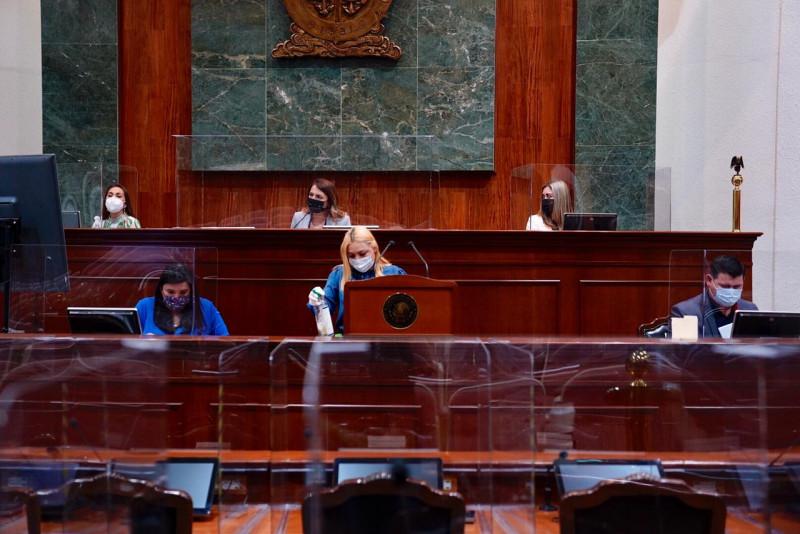Se queda en primera lectura dictamen para crear dos municipios
