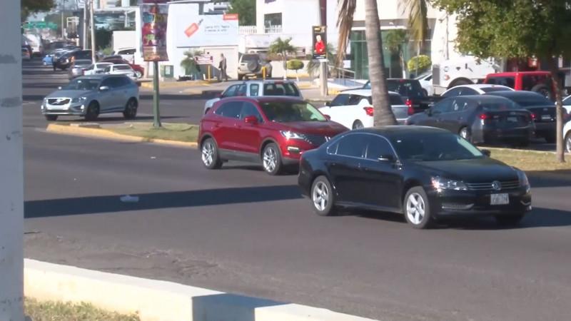 En espera de regularizarse 35 mil vehículos en Mazatlán