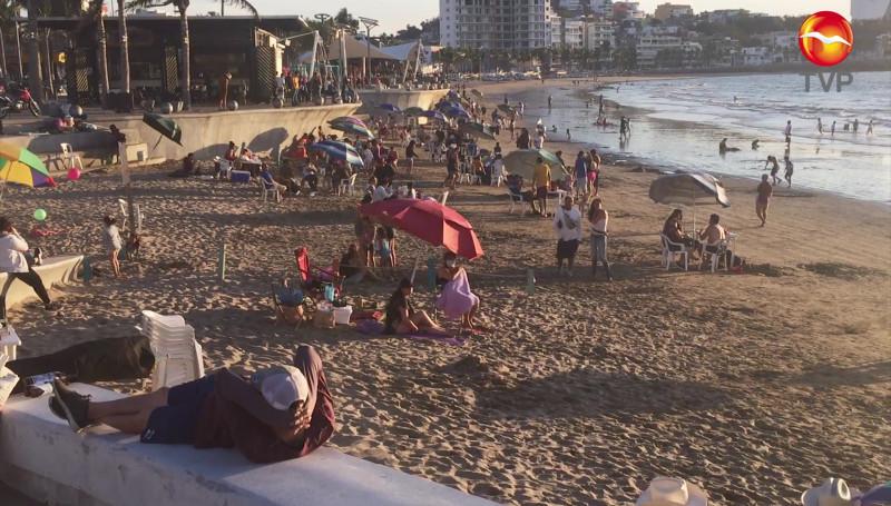 Mazatlán concurrido por turistas este fin de semana
