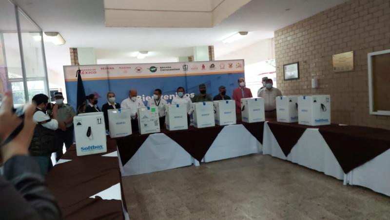 Llegan mas vacunas Pfizer, Sinaloa se convierte en un centro de distribución y redistribución