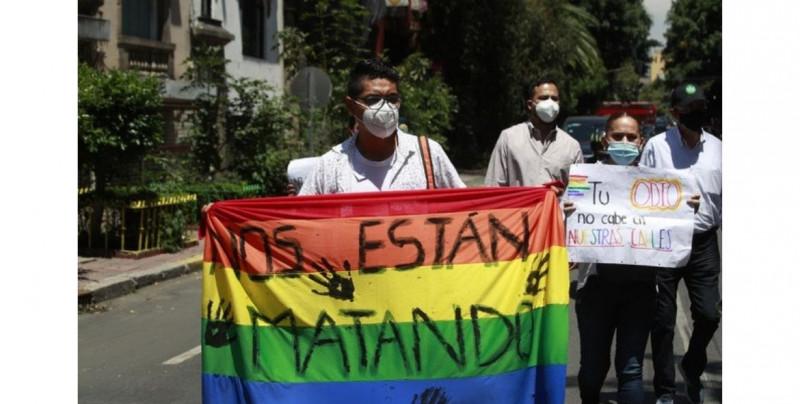 La homofobia está relacionada con un bajo coeficiente intelectual: Universidad de Queensland, Australia