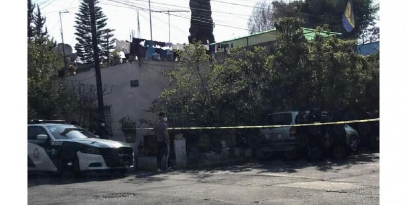 """Un muerto y dos heridos en pleito familiar por """"unos terrenos"""" en la CDMX"""