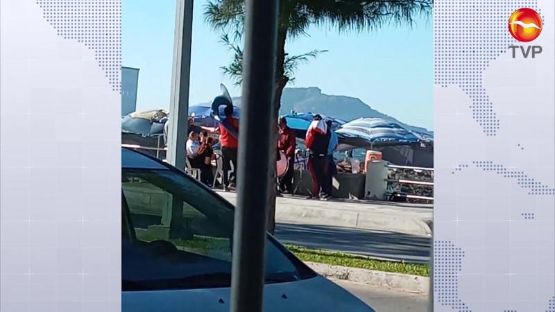 Promete actuar Ayuntamiento en queja de Playa Pinitos