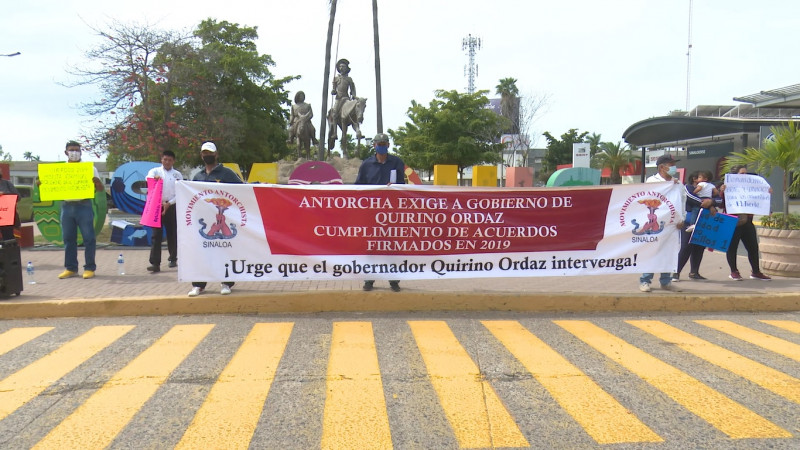 Se manifiestan Antorchistas en Los Mochis; piden que se cumplan proyectos y obras